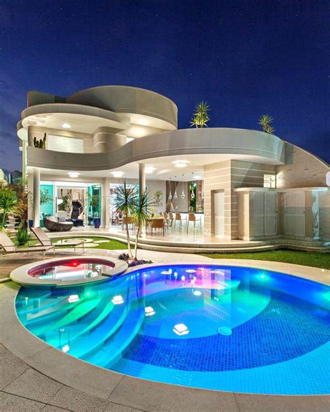 house with pool big houses with pools the best mansions