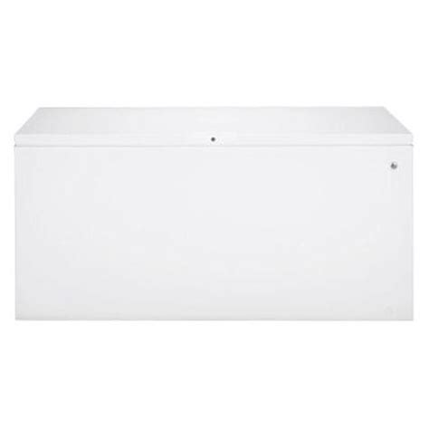 ge 19 7 cu ft chest freezer in white fcm20suww the