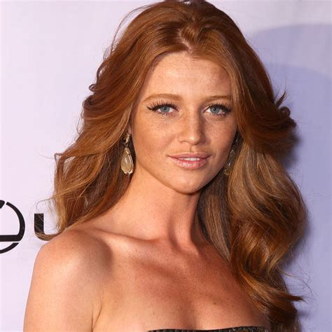 actresses with red hair over 40 redhead actresses over 40 short hairstyle 2013