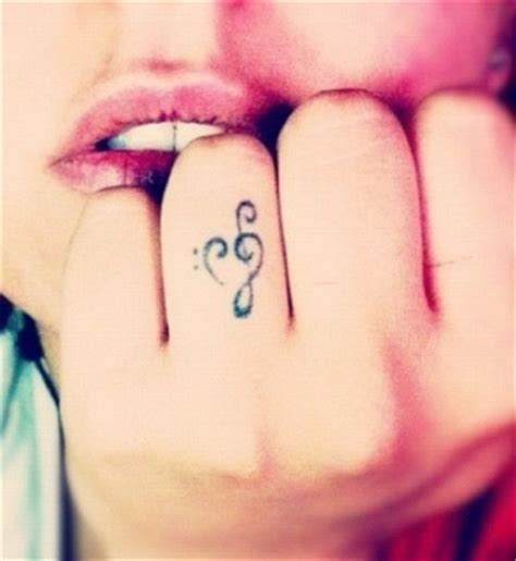 lips tattoo on finger best ring finger tattoos finger tattoo ideas image