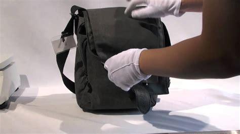Ng W2300 Tas National Geographic review ng bag ng w2300 slim shoulder bag is an everyday