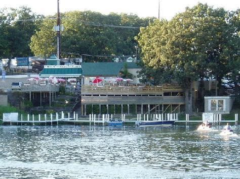 Taco House Okoboji Iowa by Restaurants Arnolds Park Ia Usa Wedding Mapper