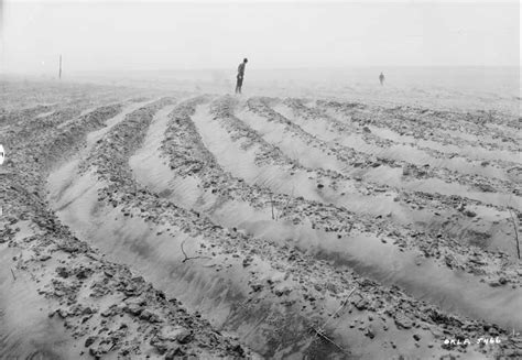 Teh Dus the dust bowl black blizzards and thirties on dust bowl dorothea lange and