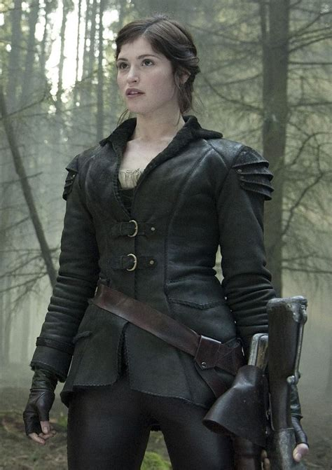 hansel y gretel gemma arterton hansel y gretel coat jacket hansel y gretel hansel gretel witch hunter