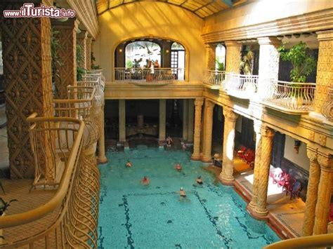 bagni gellert budapest bagno termale gellert guarda tutte le foto