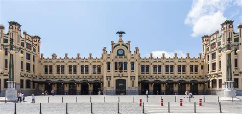 imagenes historicas de valencia la estaci 243 n del norte de valencia icono del estilo modernista