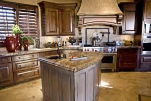 Kitchen Ideas For Medium Kitchens medium wood cabinets golden brown traditional kitchen