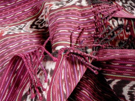 Tenun Ikat Etnis Timor 1 17 best images about tenun indonesia on batik blazer blazers and jakarta