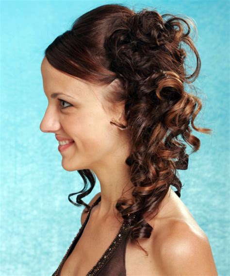 Photos Of Updos And Formal Hairstyles Hairfinder | photos of updos and formal hairstyles hairfinder