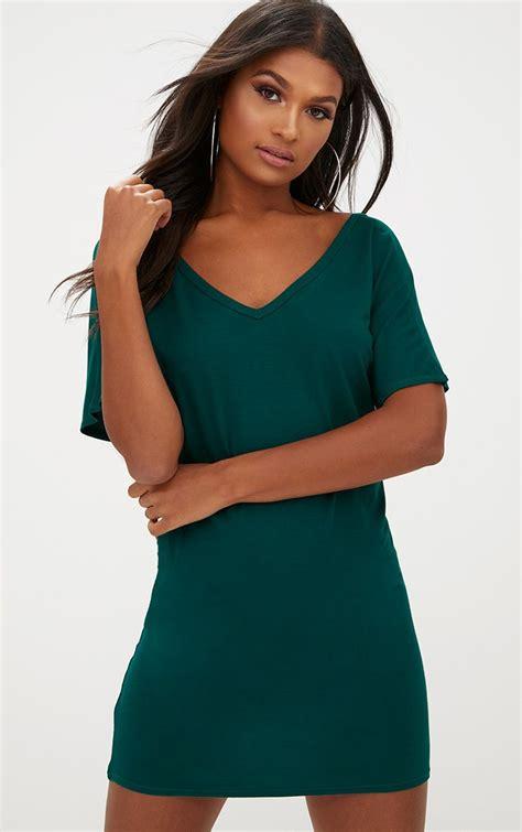 Tshirt Foret 012 robe t shirt basique vert sapin col en v robes