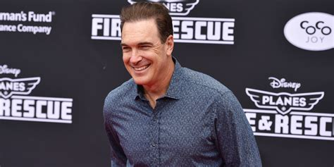 patrick warburton facebook family guy actor patrick warburton has no problem