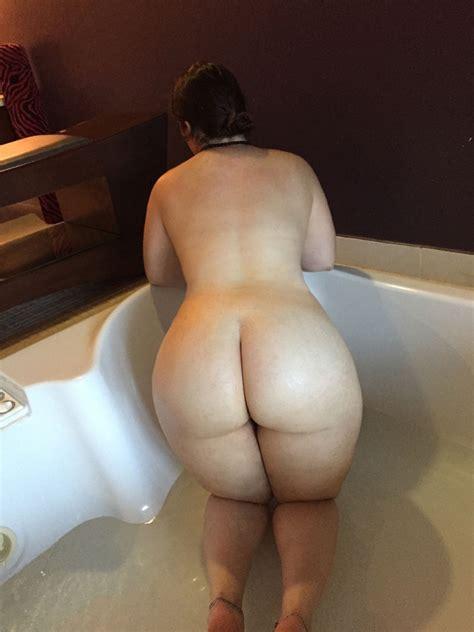 White milf booty