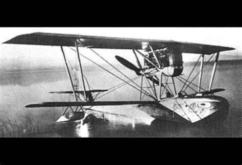 flying boat jet fighter macchi m 7 flying boat fighter pilot trainer biplane