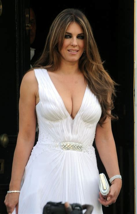 Elizabeth Hurley Photo Gallery Page  Celebs Place M