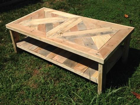 raised pallet coffee table pallet furniture plans