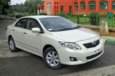 Toyota Corolla Altis Poloshirt Premium 2010 corolla altis diesel autocar india