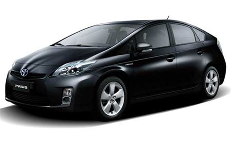 Toyota Prius Dimensions Toyota Prius In India Features Reviews Specifications