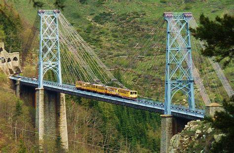 train jaune viaduc gisclard wwwflickrcomgroupshaut  flickr