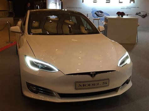 Tesla Model S60 Buyer S Tax For Electric Cars Will Return Due To