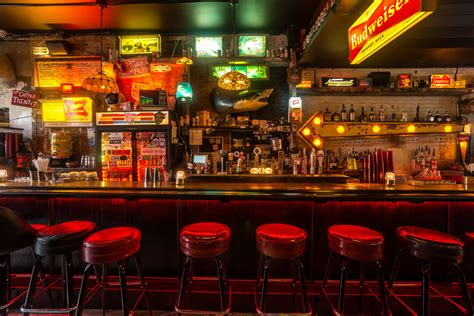 top rated bars in nyc dive bar coffee table book rascalartsnyc