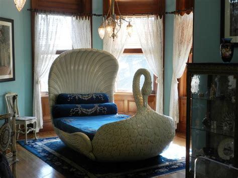 swan bed sallie dooley s swan bed picture of maymont richmond