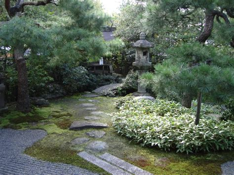 Small Backyard Pond 20 Zen Japanese Gardens To Soothe And Relax The Mind