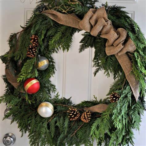 Thrifty Home Decorating Blogs by Diy Rustic Cedar Wreath And The 2013 Canadian Wreath Hop