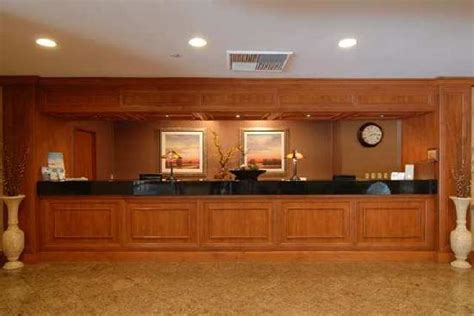 front desk picture of doubletree by hotel carson