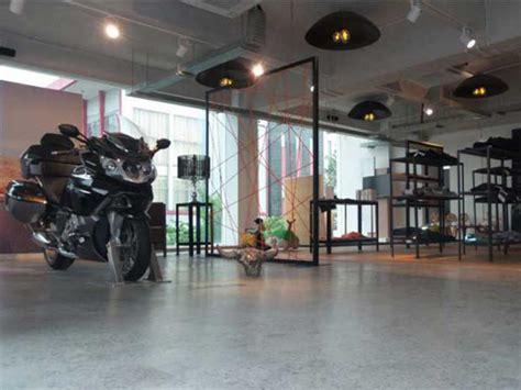Bmw Store Motorrad by Flagship Store Bmw Motorrad Menerima Service Motor Iu