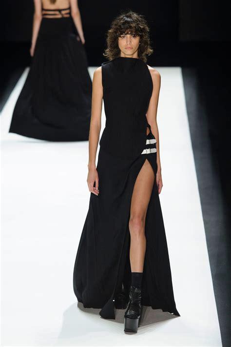 New York Fashion Week Runway Report Vera Wang vera wang at new york fashion week fall 2016 livingly
