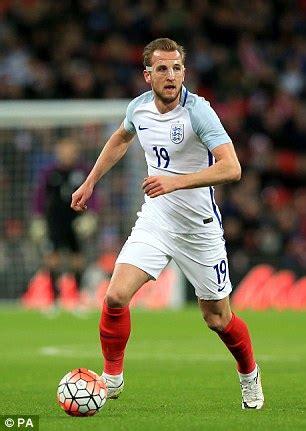 harry kane 2016 england marcus rashford can make england s final euro 2016 squad