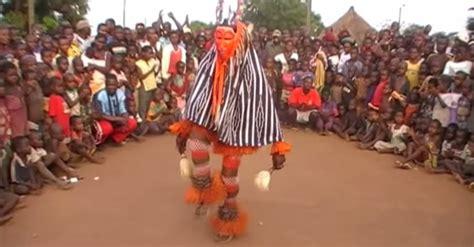 ivory coast traditional dance zaouli de manfla the zaouli dance of the ivory coast