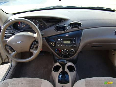 Ford Mondeo 2001 Interior by 2001 Ford Mondeo Iii Sedan Pictures Information And