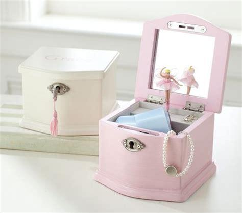 pb jewelry box for