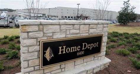 home depot s mccalla distribution center in line for 16