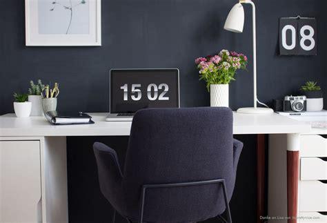 wandfarbe arbeitszimmer wandfarbe dunkelblau kolorat