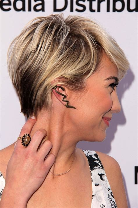 short pixie cut caramel short dark blonde hair with highlights for your