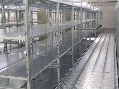 montaggio scaffali metallici scaffale metallico componibile ad incastro scaffale