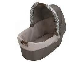 graco bedroom bassinet graco 174 day2night sleep system bedroom bassinet portable