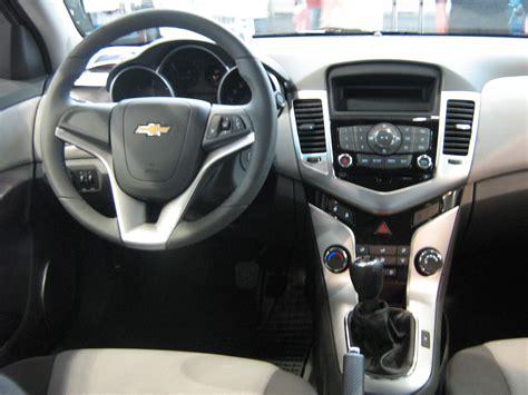 Interior Cruze by Car Picker Chevrolet Cruze Interior Images