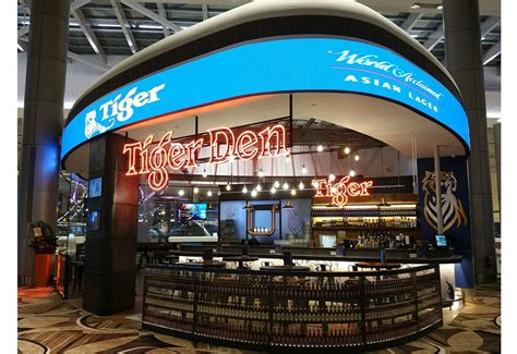 emirates leisure retail emirates leisure retail roars in to changi airport
