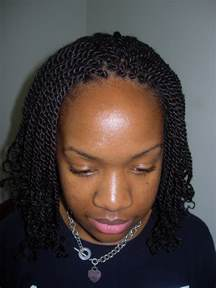 nubian hair single plaits with hair on sides kinky twist carinebraiding