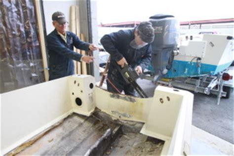 hurricane deck boat transom hurricane deck boat 226 ref transom repair page 2