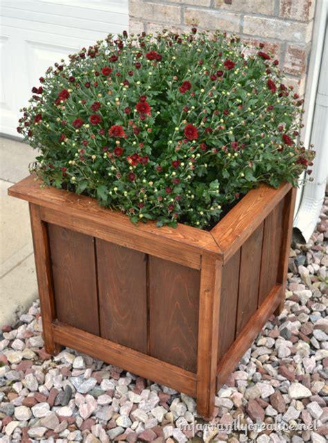 how to make planters how to make a beautiful cedar and pine planter