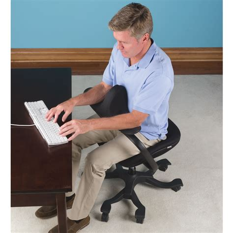 Office Desk Posture The Optimal Posture Office Chair Hammacher Schlemmer