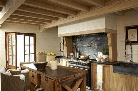 country kitchen islands home interior design arredamento stile country una casa dal sapore rustico e