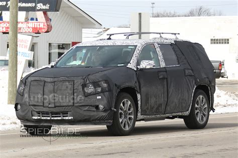 cadillac jeep 2017 2018 cadillac xt7 or 2017 chevy traverse spied testing for