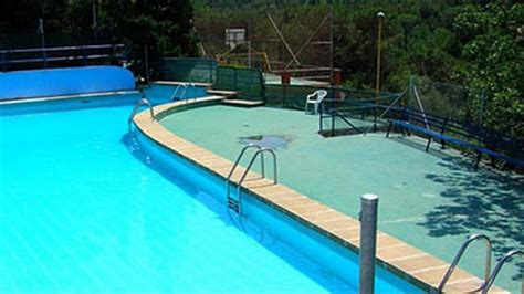 fotos de parque de piscinas y deportes im 48 ni 241 os intoxicados en una piscina de una casa de