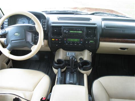 Land Rover Discovery Interior by 2004 Land Rover Discovery Pictures Cargurus