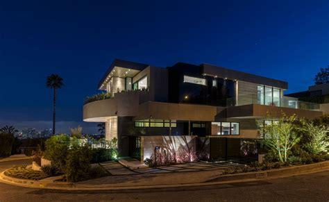 shadow hill  residence ferrugio design